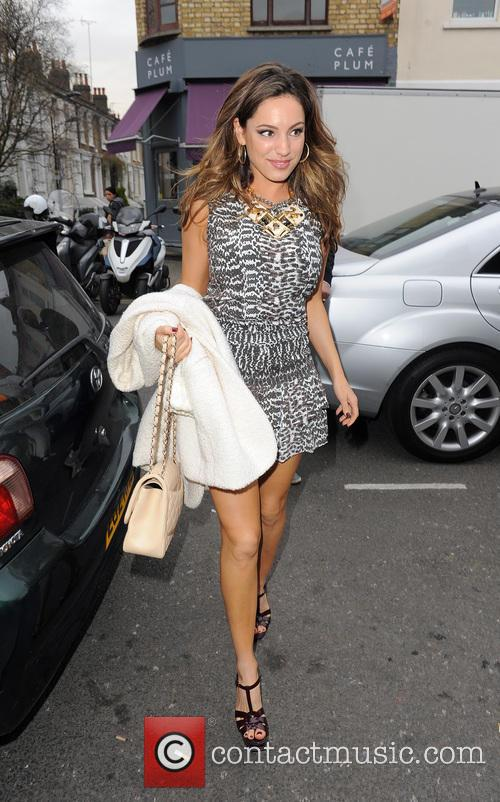 kelly brook kelly brook arriving at the 3542124