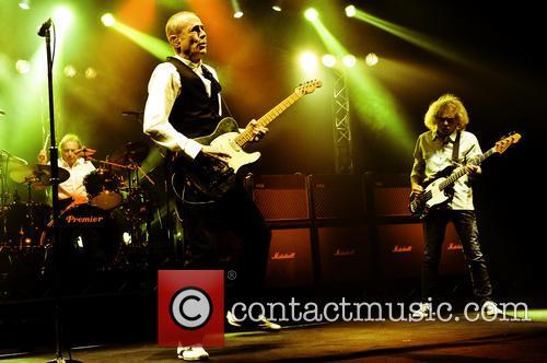 Status Quo, Francis Rossi, Alan Lancaster and Matt Letley 9