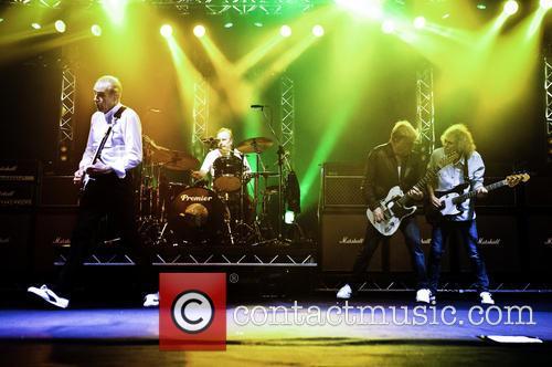 Rick Parfitt, Francis Rossi, Alan Lancaster, Matt Letley and Status Quo 10