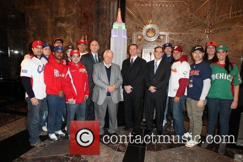 Tommy Lasorda, Bill Ripken, Tim Brosnan, Greg Bouris and Mlb Fans 3
