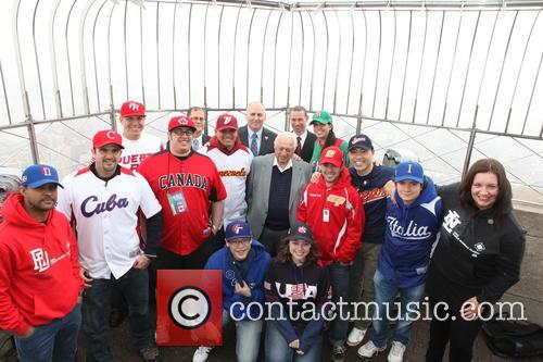 Tommy Lasorda, Bill Ripken, Tim Brosnan, Greg Bouris and Mlb Fans 9