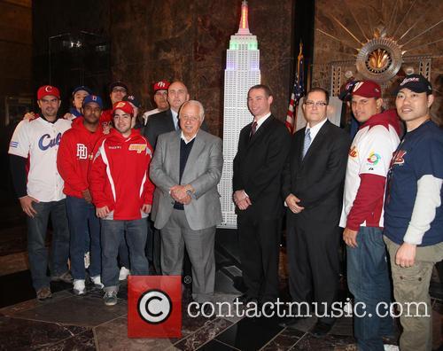 Tommy Lasorda, Bill Ripken, Tim Brosnan, Greg Bouris and MLB fans 5