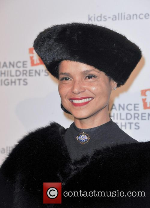 Victoria Rowell 4