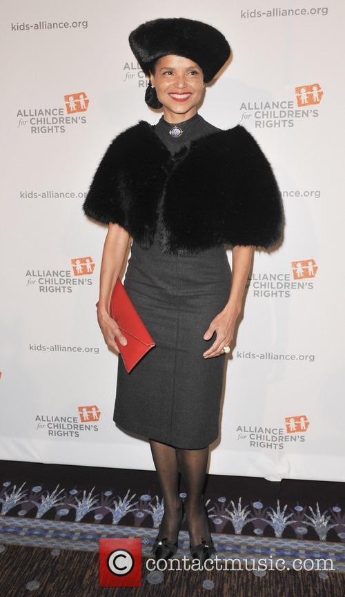 Victoria Rowell 5