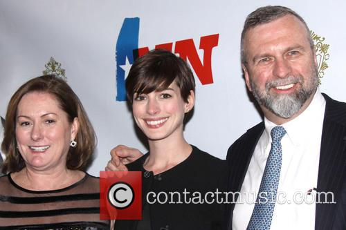 Kate Mccauley Hathaway, Anne Hathaway and Gerald Hathaway 3