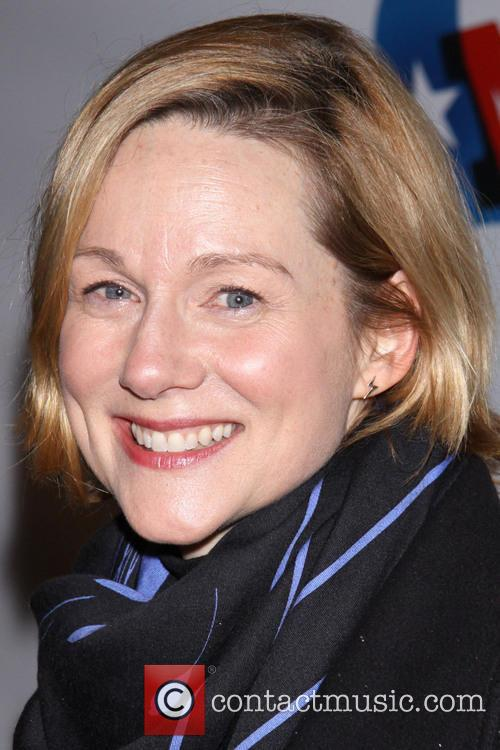 Laura Linney 9