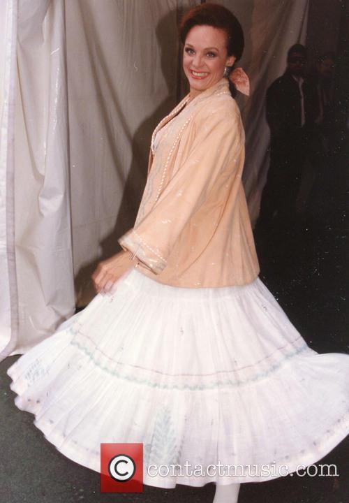 Valerie Harper 1991