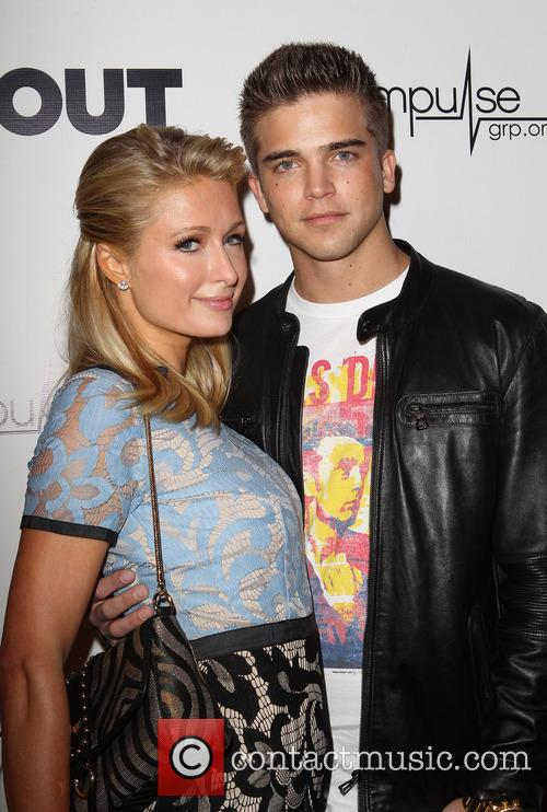 Paris Hilton and River Viiperi 6