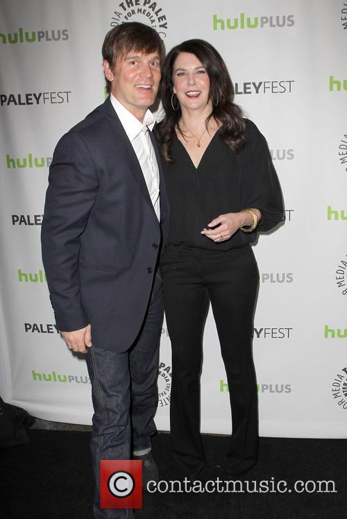 Lauren Graham and Peter Krause 3