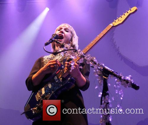 Joy Formidable and Ritzy Bryan 9