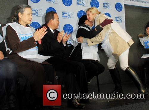 Ban Ki-moon, United Nations Secretary-general Ban Ki-moon, Susan Sarandon and Kelly Rutherford 1