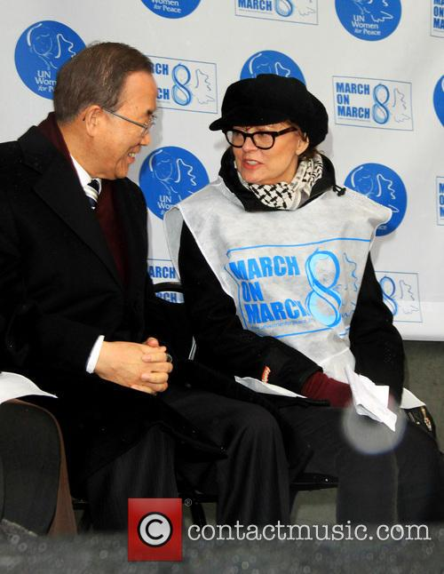 United Nations Secretary-general Ban Ki-moon and Susan Sarandon 3