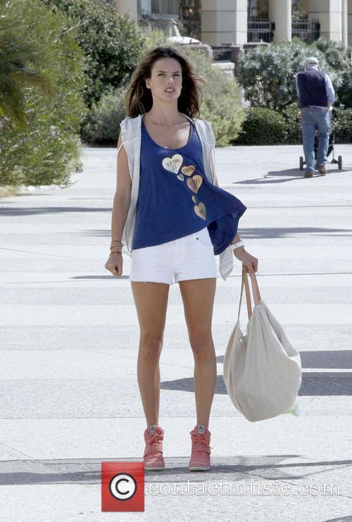 Alessandra Ambrosio 30