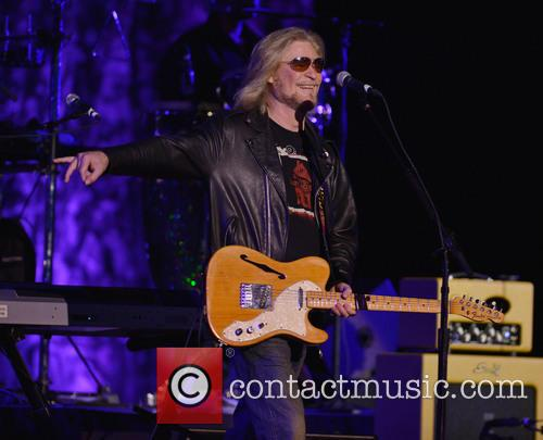 Daryl Hall and Hall And Oates 3