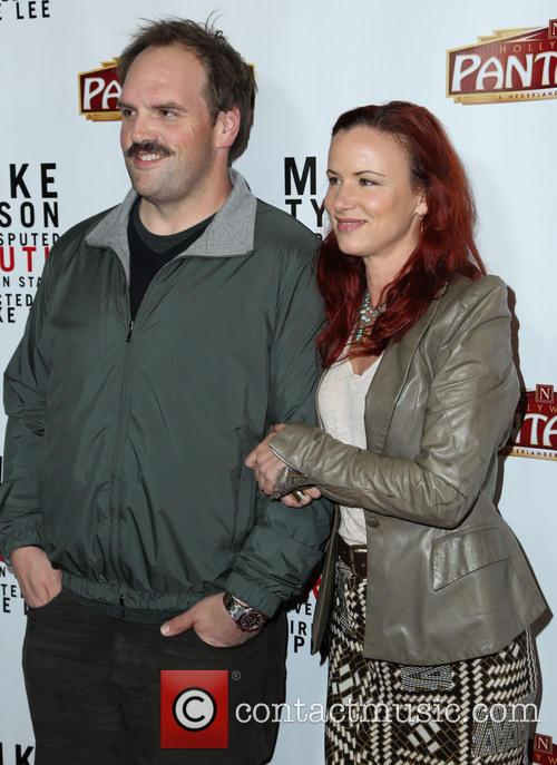 Ethan Suplee and Juliette Lewis 1