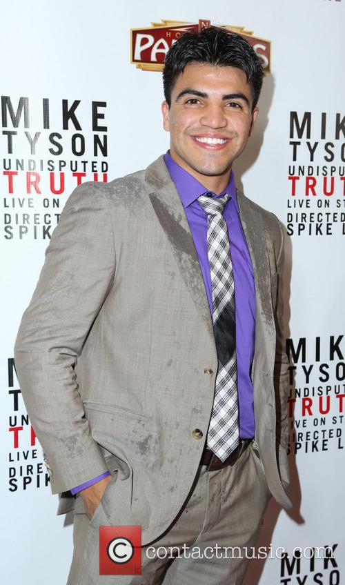 victor ortiz the los angeles opening night 3546203