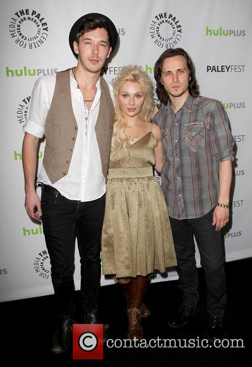 Sam Palladio, Clare Bowen and Jonathan Jackson 3