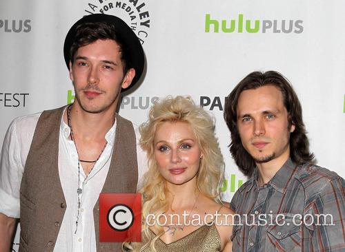 Sam Palladio, Clare Bowen and Jonathan Jackson 4