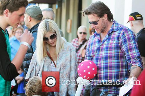 Celebrities, John Varvatoscharity and Melrose Avenue 2