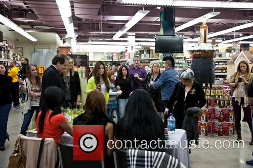 Angela Raiola Aka Big Ang, D'avanzo, Carla Facciolo., Atmosphere and Fans 1