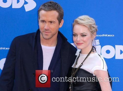 Ryan Reynolds and Emma Stone 5