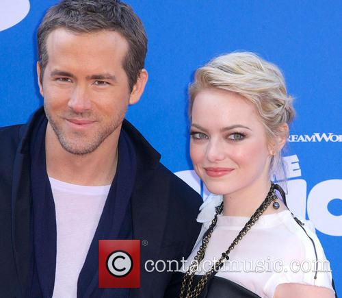 Ryan Reynolds and Emma Stone 10