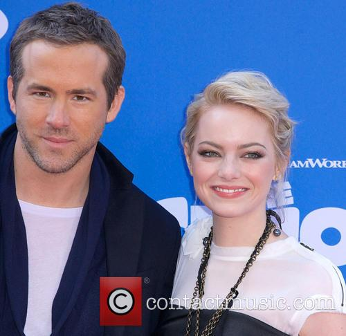Ryan Reynolds and Emma Stone 1