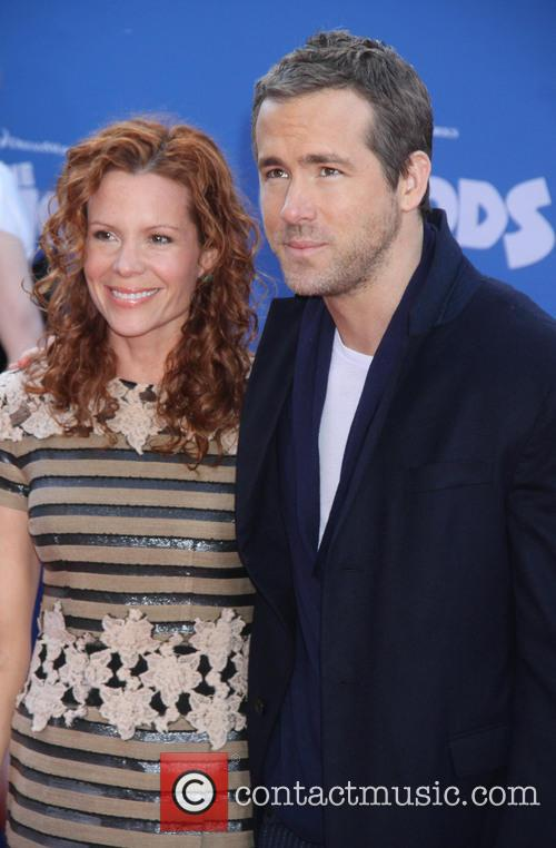 Robyn Lively and Ryan Reynolds 7