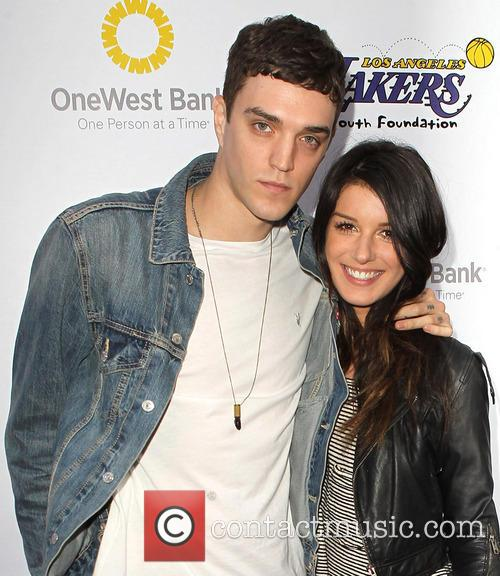 Josh Beech and Shenae Grimes 4