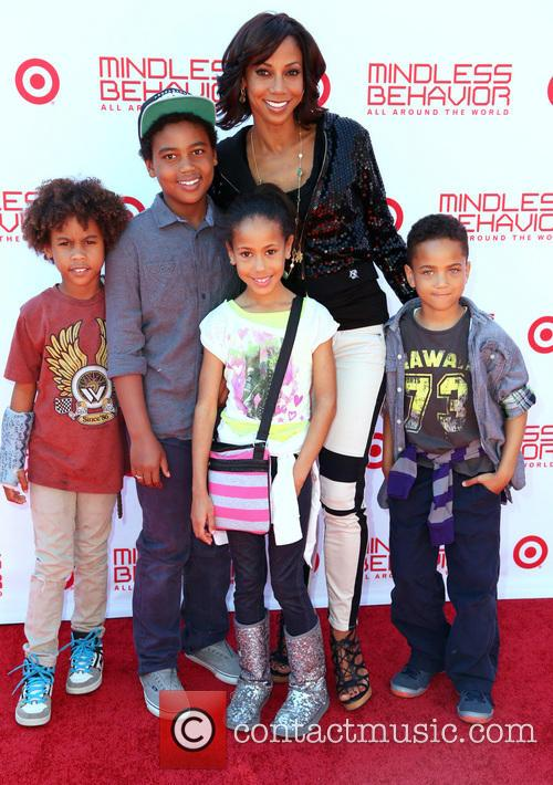 Holly Robinson Peete and Family 2