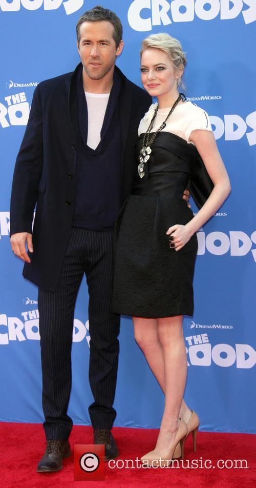 Ryan Reynolds and Emma Stone 3