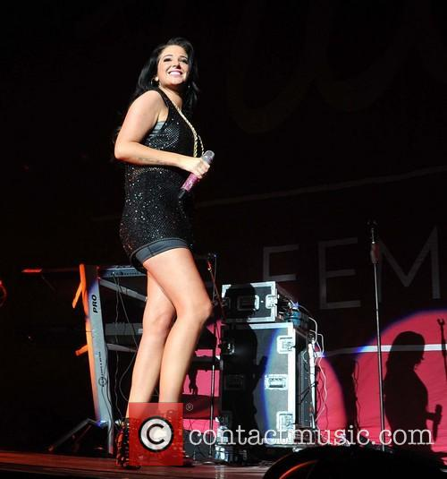 tulisa contostavlos tulisa performing live in concert 3549452