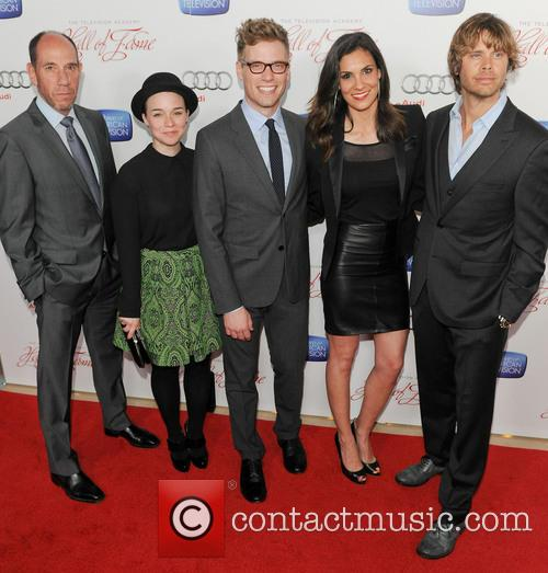 Miguel Ferrer, Renee Felice Smith, Barrett Foa, Daniela Ruah and Eric Christian Olsen 1