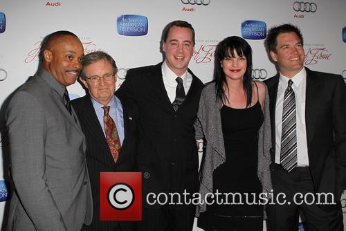 Rocky Carroll, David Mccallum, Sean Murray, Pauley Perrette and Michael Weatherly 4