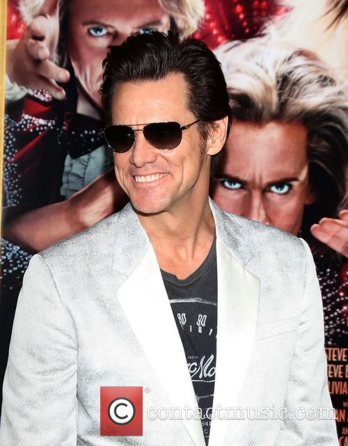 Jim Carrey - plays Steve Gray