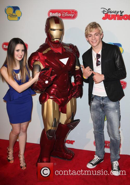 Ross Lynch And Laura Marano Kissing
