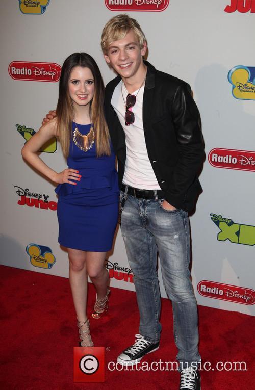 Laura Marano and Ross Lynch 4