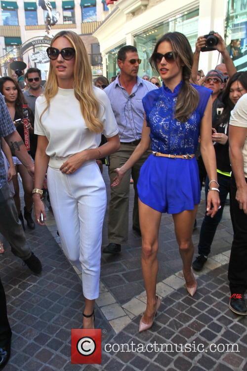 Candice Swanepoel and Alessandra Ambrosio 11