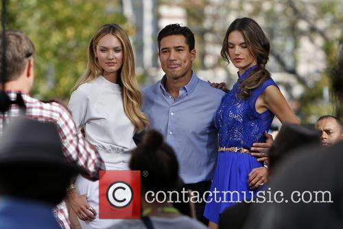 Candice Swanepoel, Alessandra Ambrosio, Mario Lopez, The Grove