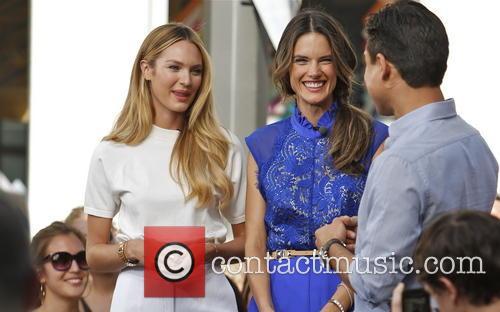 Candice Swanepoel, Alessandra Ambrosio and Mario Lopez 12