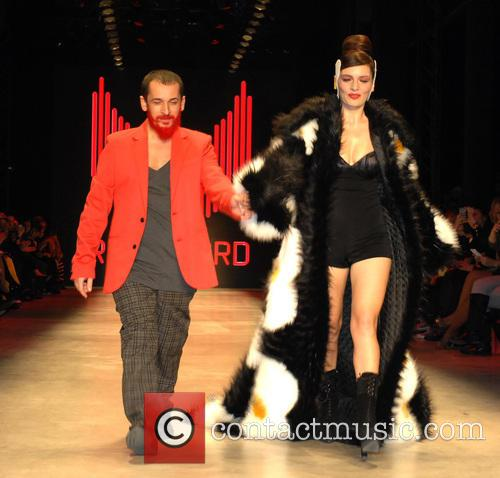 Istanbul Fashion Week - Tanju Babacan - Catwalk