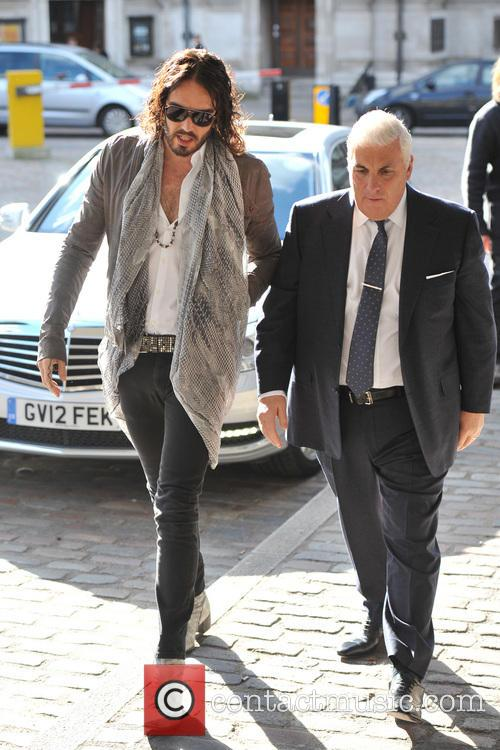 Mitch Winehouse and Russell Brand 4