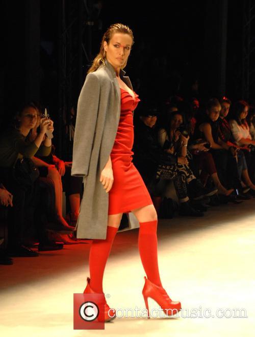 Istanbul Fashion Week - Nihan Buruk - Catwalk