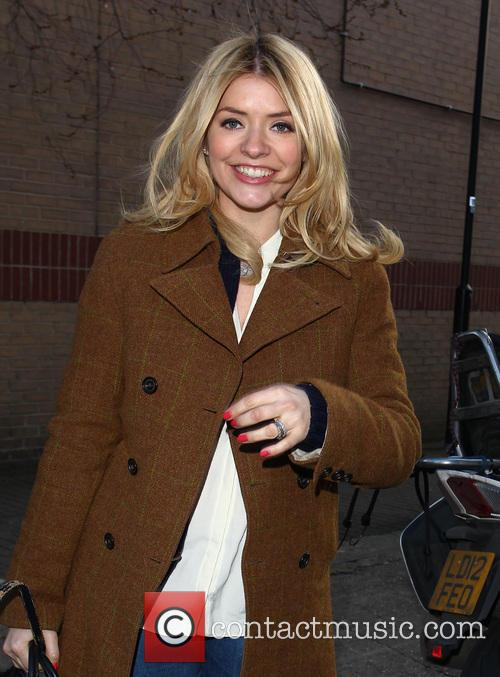 Holly Willoughby 5