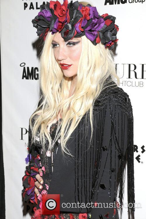 Kesha 18