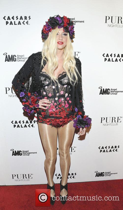 Kesha 19