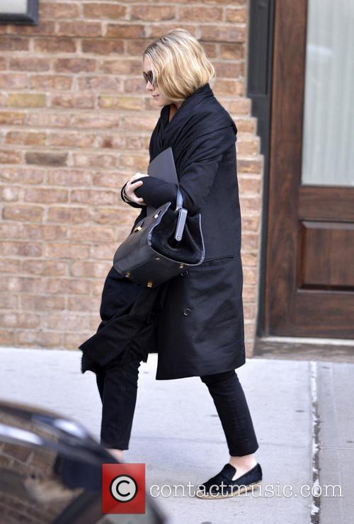 Ashley Olsen 3