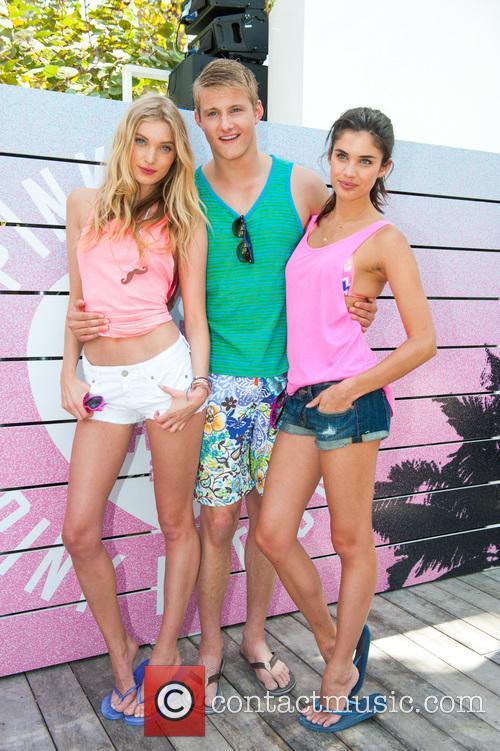 Elsa Hosk, Sara Sampaio, Alexander  Ludwig, Miami Beach Florida, Victoria's Secret