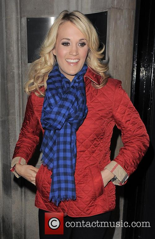 Carrie Underwood 30