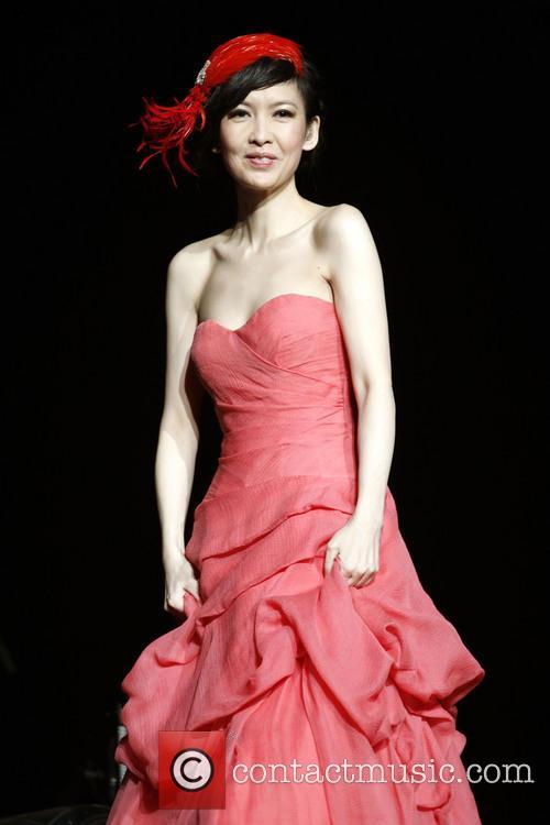 Vivian Chow 6